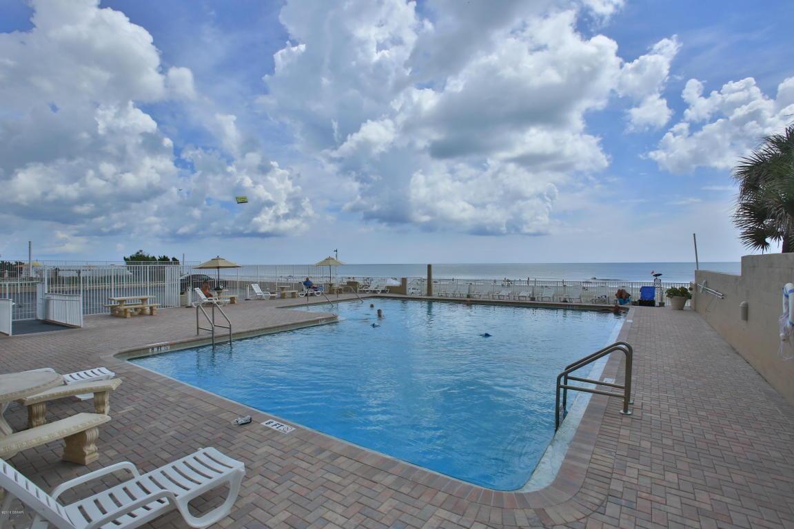 daytona beach club condos for sale