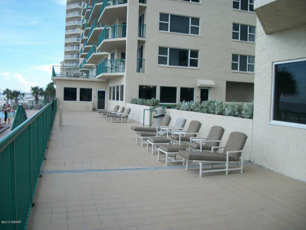dimucci twin towers ocean front condos daytona beach for sale