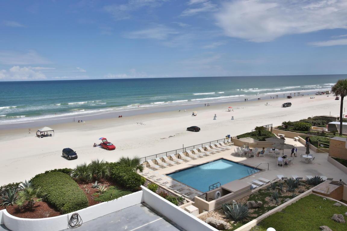 oceans atrium  one ocean front condos daytona beach for sale