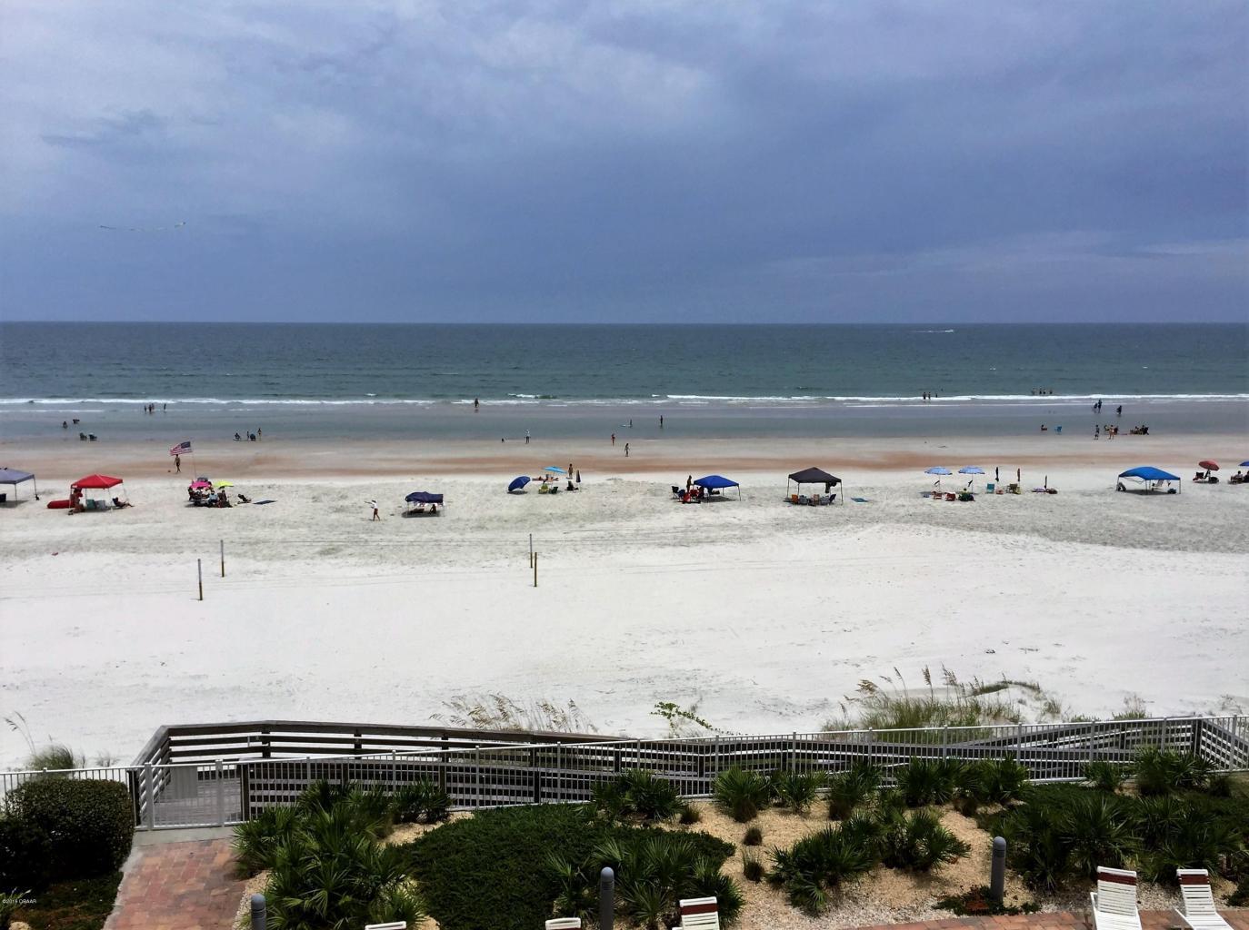 palmas de mallorca condo oceanfront condo complex on the beach