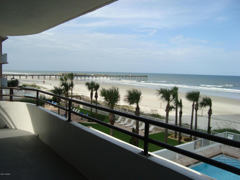 royal atlantic condo oceanfront condo complex on the beach